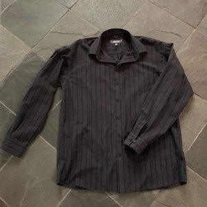 Kenneth Cole Reaction button front shirt